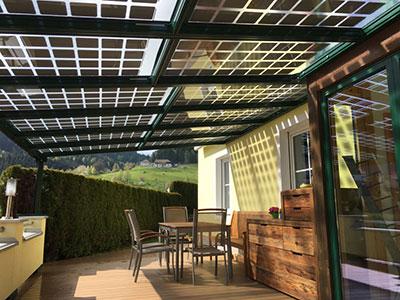 Terrassenüberdachung Photovoltaikanlage